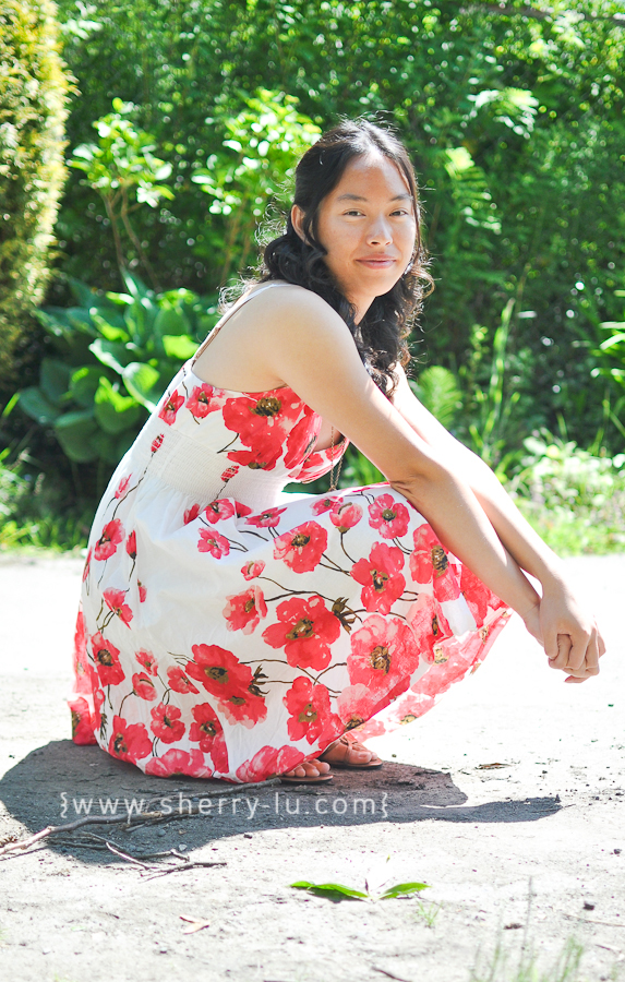vancouver portrait photographer, coquitlam portrait photography, sunny day photo in the park